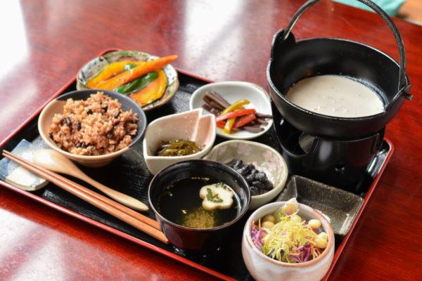 玄米ご飯のベジランチ